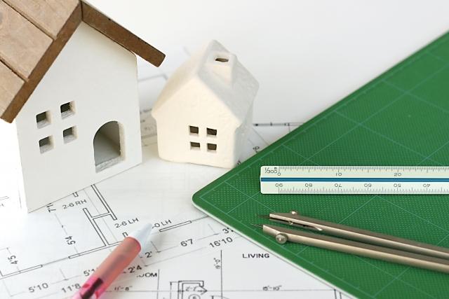 画像 住宅の設計図と保証書